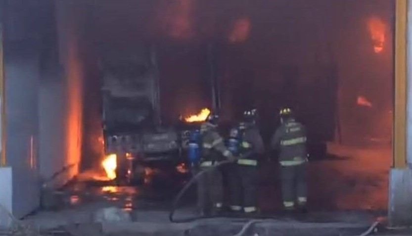 bodega-incendiada-posible-guarida-de-ordenadores-de-gasolina