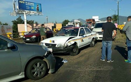 se-registra-accidente-vehicular-en-el-libramiento-norte-de-morelia