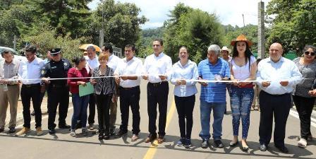 Construyen cuatro tramos carreteros en Zitácuaro. Noticias en tiempo real