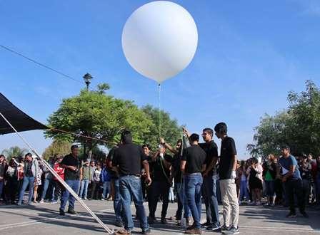 Concluye segunda etapa de lanzamiento de pico satélite, acercando a alumnos a una misión espacial. Noticias en tiempo real