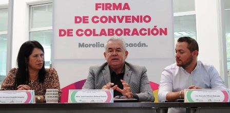 firman-convenio-en-beneficio-de-estudiantes