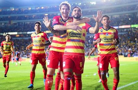 Monarca sigue en la senda de la victoria, 1-0 a Guadalajara. Noticias en tiempo real